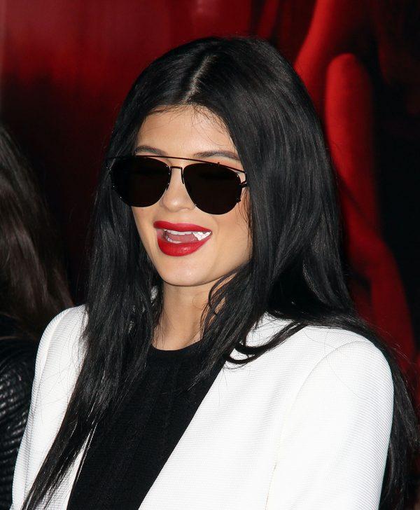 Kylie Jenner przefarbowa�a w�osy na niebieski kolor (Inst)