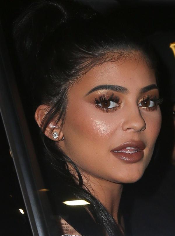To NIE JEST peruka! Kylie Jenner została BLONDYNKĄ (Snapchat)
