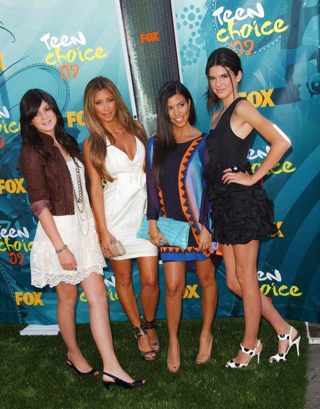Kylie Jenner mia�a 9 lat, gdy mama pozwoli�a jej na TO