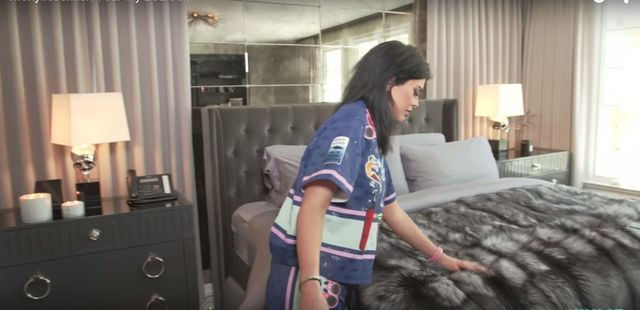 Jak wygl�da sypialnia Kylie Jenner?(VIDEO)