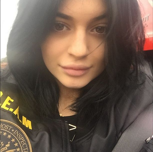 Kylie Jenner pr�buje nam co� udowodni�? (FOTO)