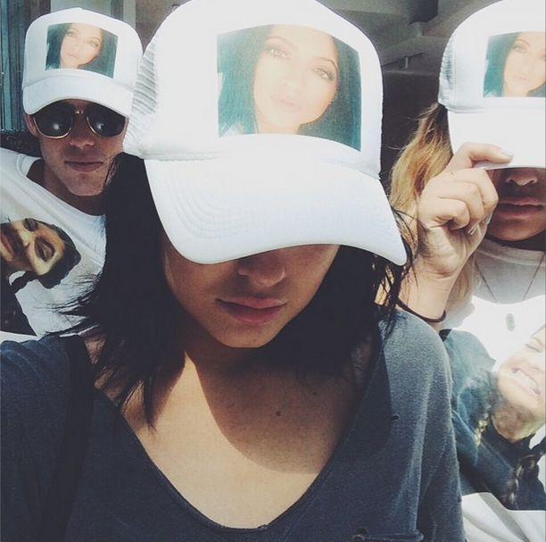17-ste urodziny Kylie Jenner były niegrzeczne (FOTO+VIDEO)