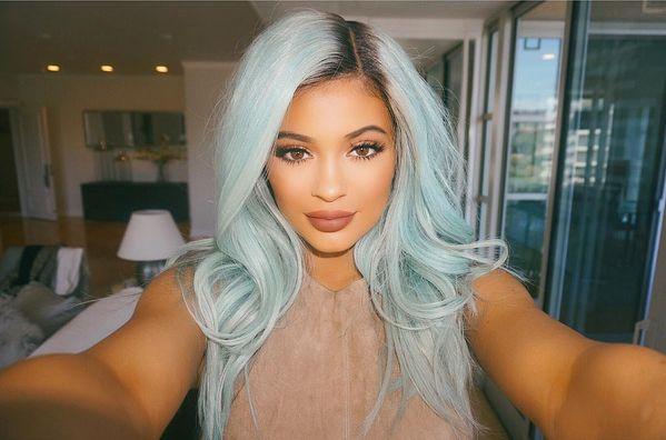 Nie chcieliby�cie zobaczy� Kylie Jenner bez doczep�w! Insta