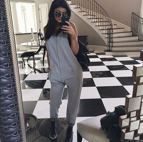 Kim Kardashian pierwszy raz o operacjach 17-letniej siostry