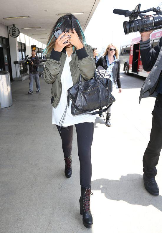 Kylie Jenner przesadziła z solarium? (FOTO)