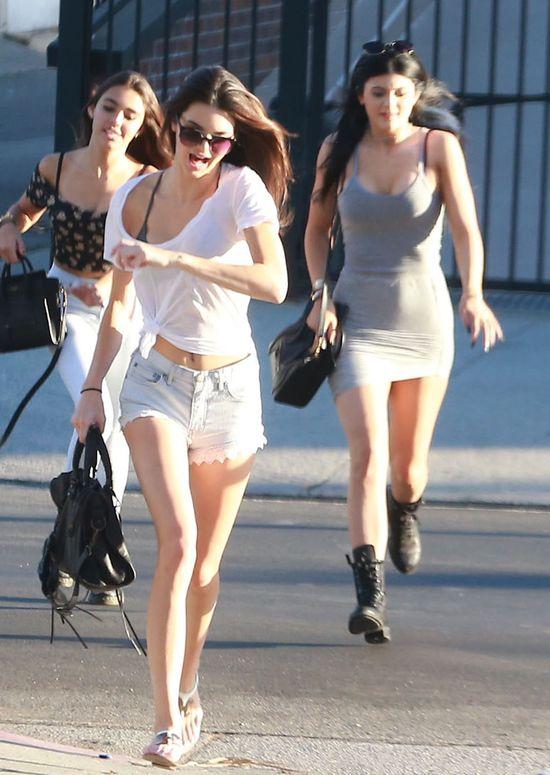 Kylie i Kendall Jenner w ferworze zakupów (FOTO)