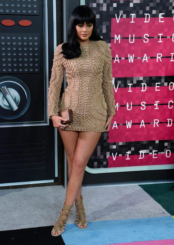 Kylie Jenner jak kopia Kim kardashian na gali VMA (FOTO)