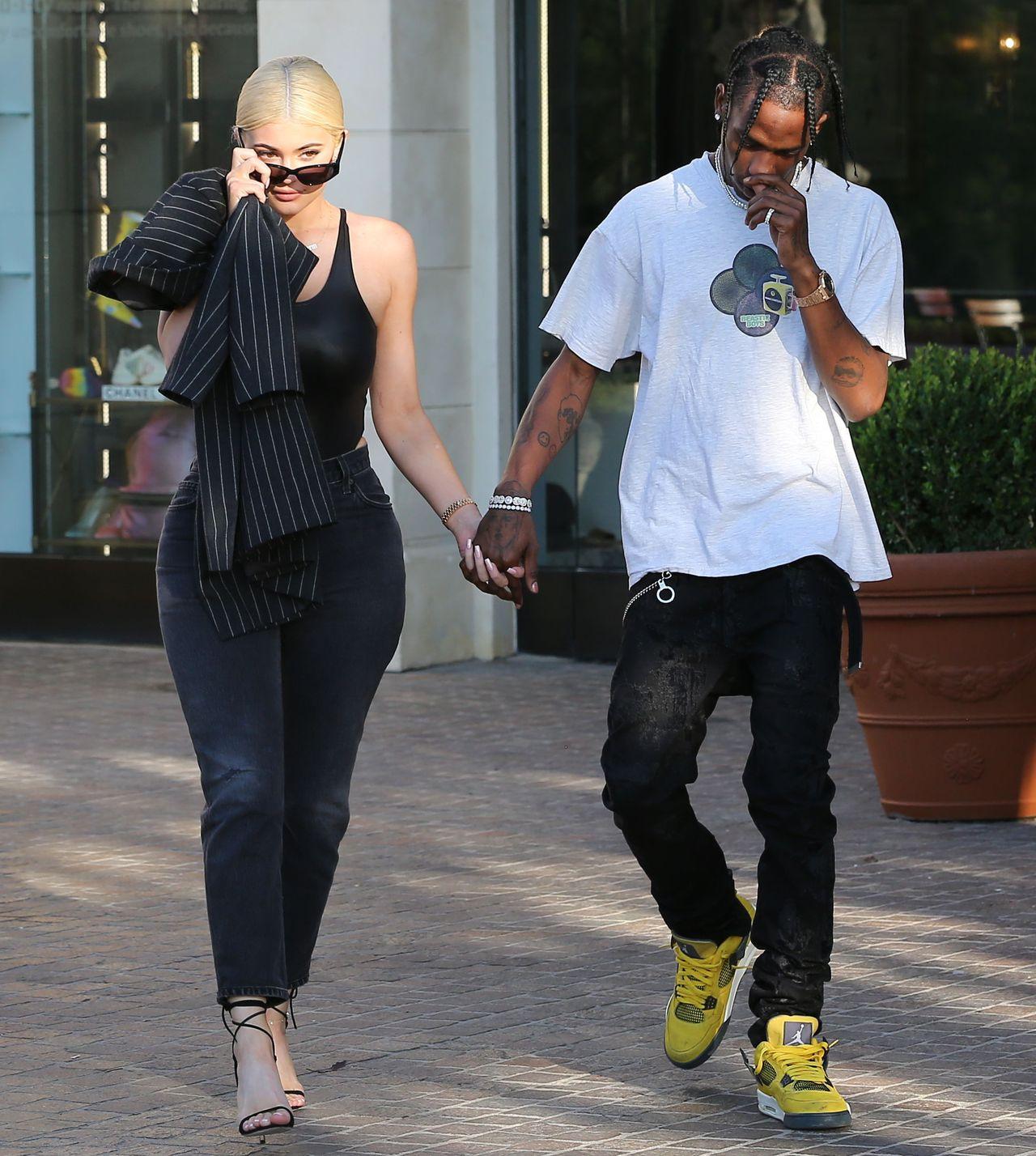 Travis Scott rozpieszcza Kylie Jenner - zobaczcie, jaki dał jej prezent