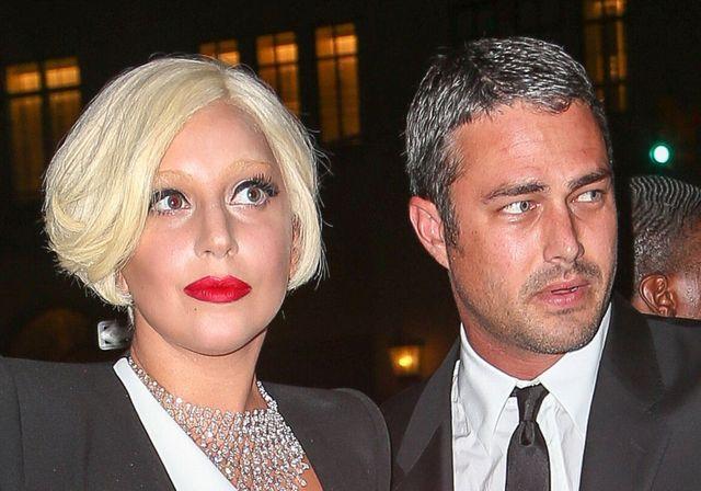 Lady Gaga pokazała pierścionek zaręczynowy!