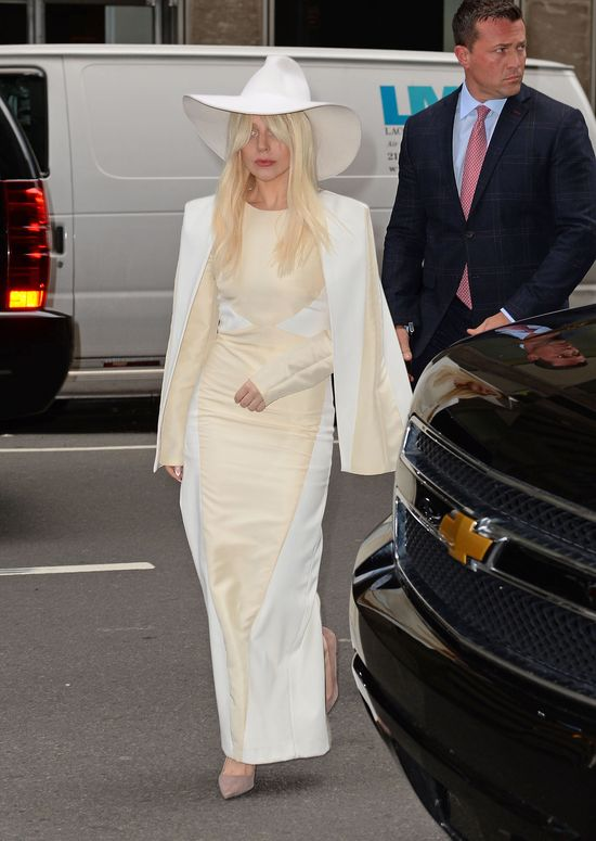 Lady Gaga jest uzale�niona od narkotyk�w! (FOTO)