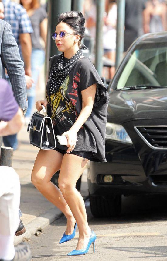 To nie są nogi Jessiki Simpson (FOTO)