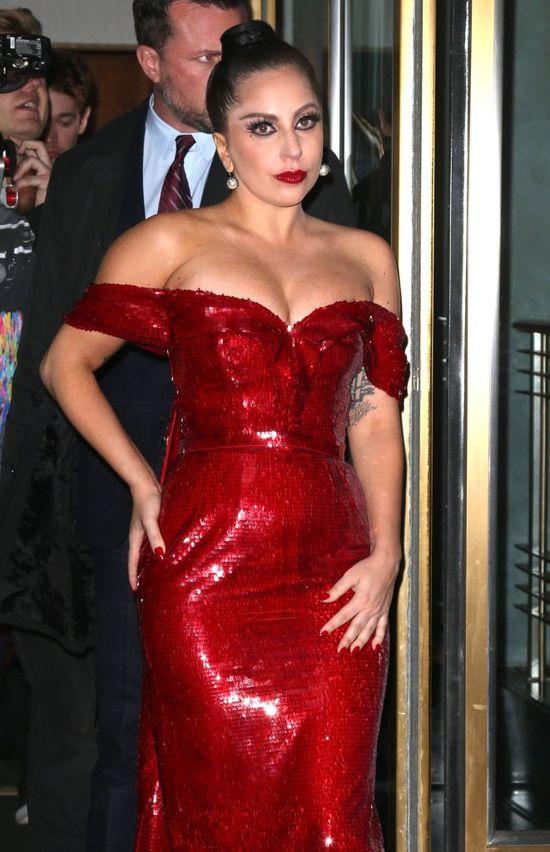 Lady Gaga JEST W CIĄŻY?! (FOTO)