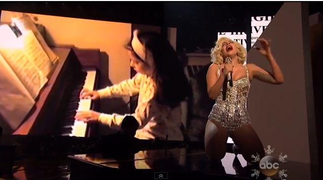 Lady Gaga postanowiła być gwiazdą AMA 2013 (FOTO+VIDEO)