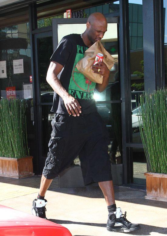 Lamar Odom prze�pa� 50 tysi�cy dolar�w!