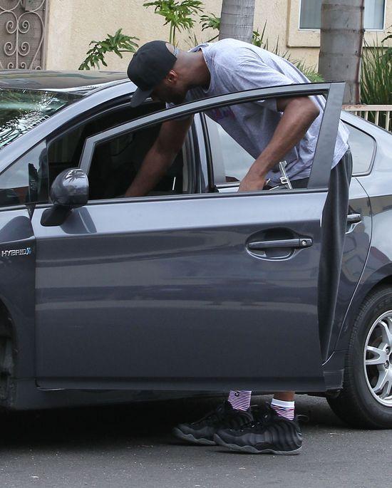 Lamar demoluje auto po sprzeczce z Khloe Kardashian (VIDEO)