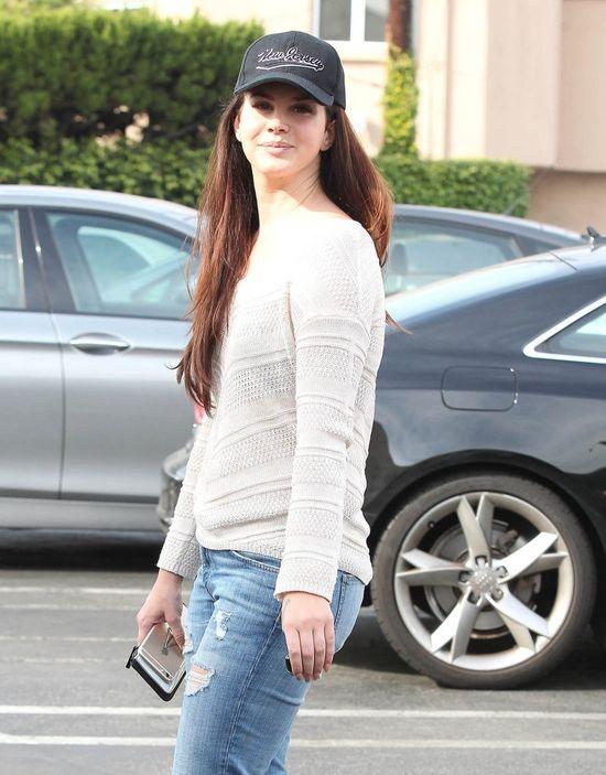 Czy Lana Del Rey znowu majstrowała przy twarzy? (FOTO)