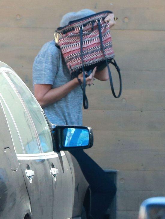 Kiedyś Jennifer Lawrence pozowała tak. A dziś? (FOTO)