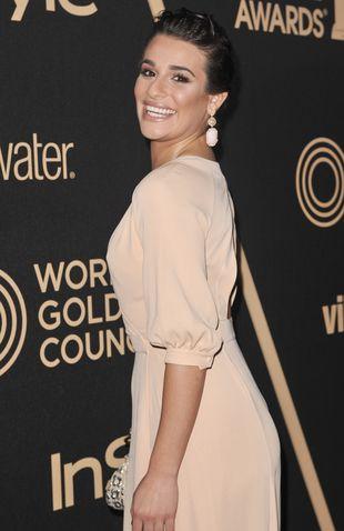 Lea Michele rozpoczyna – pierś do przodu, pupa do tyłu(FOTO)
