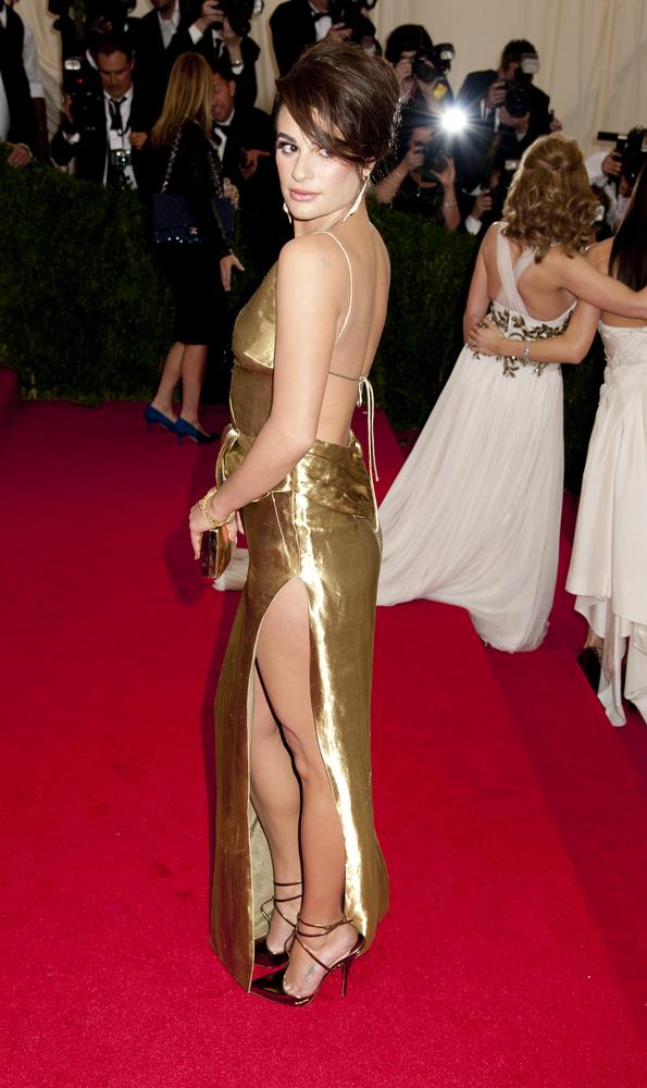 Selena Gomez i Lea Michele błysnęły dekoltami na gali MET