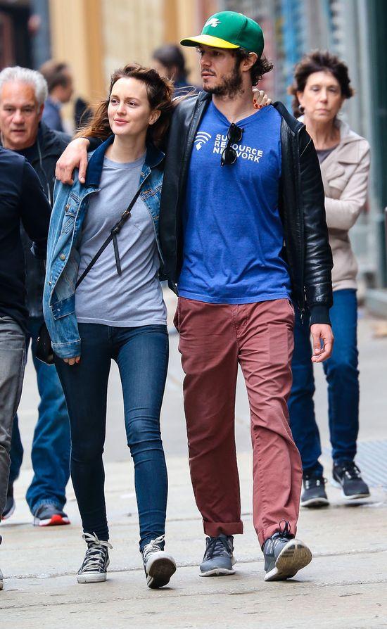 Leighton Meester bez makijażu w objęciach męża (FOTO)