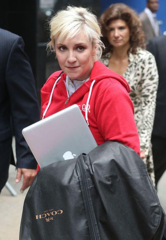 Tak wygląda Lena Dunham przed i po wizycie u wizażysty