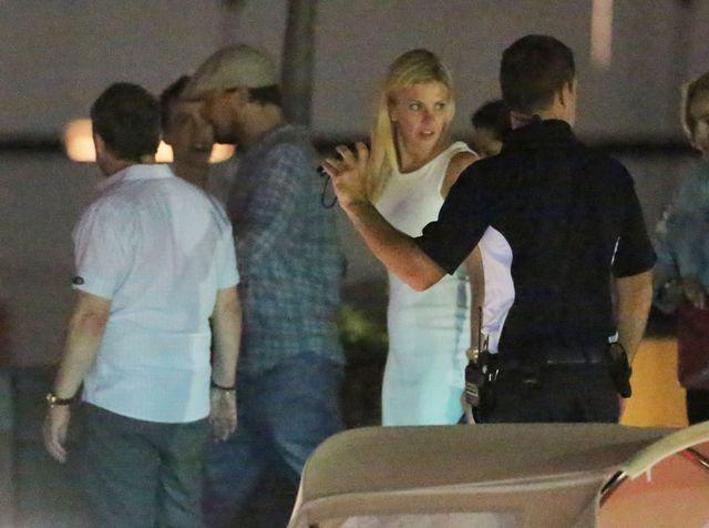 Leonardo DiCaprio zabra� tajemnicz� blondynk� na wakacje