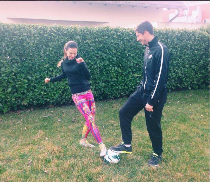 Robert Lewandowski chwali się treningiem z żoną (FOTO)