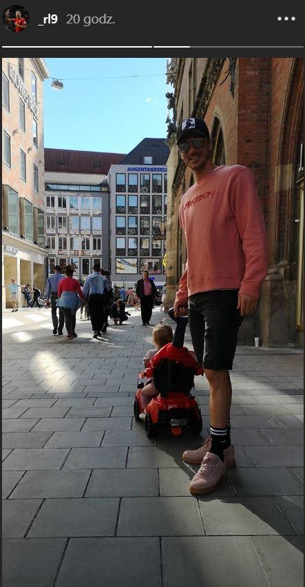 Lewandowski zdradził jak spędza czas wolny z Anną i Klarą! Idealna rodzina?