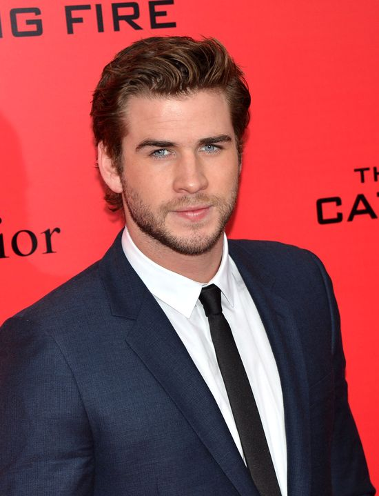 Liam Hemsworth ogl�da� za du�o film�w porno?