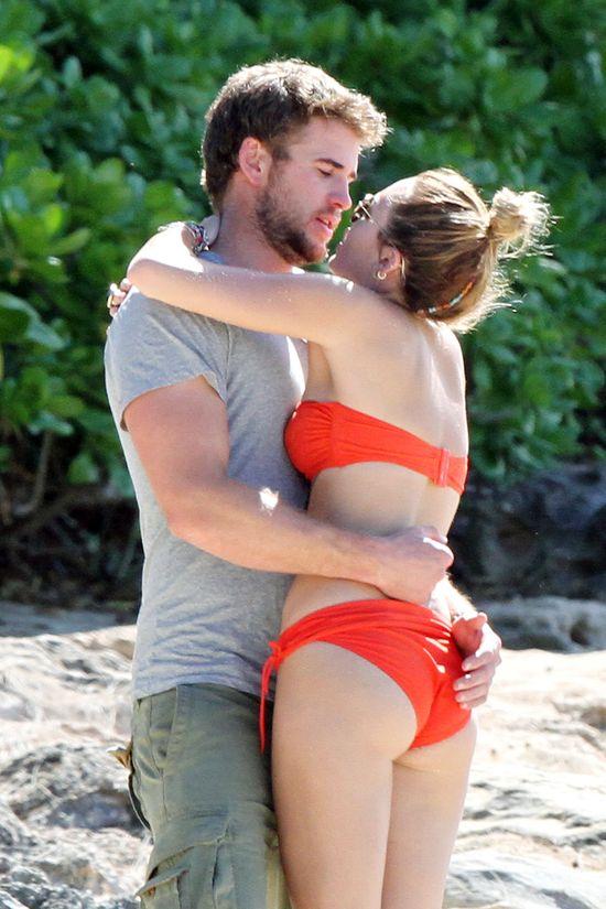 Liama Hemswortha przy Miley Cyrus trzyma gorący seks?