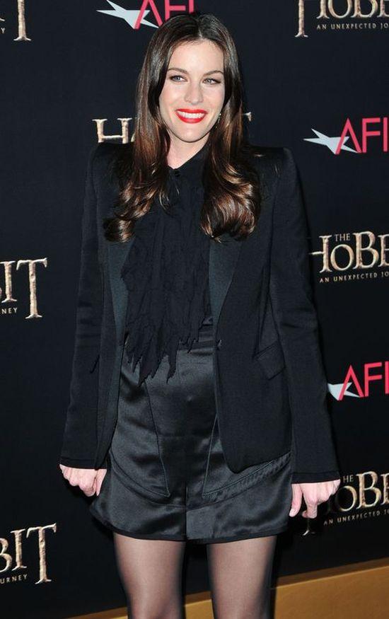 Liv Tyler przy�apana w mokrych w�osach i bez makija�u (FOTO)
