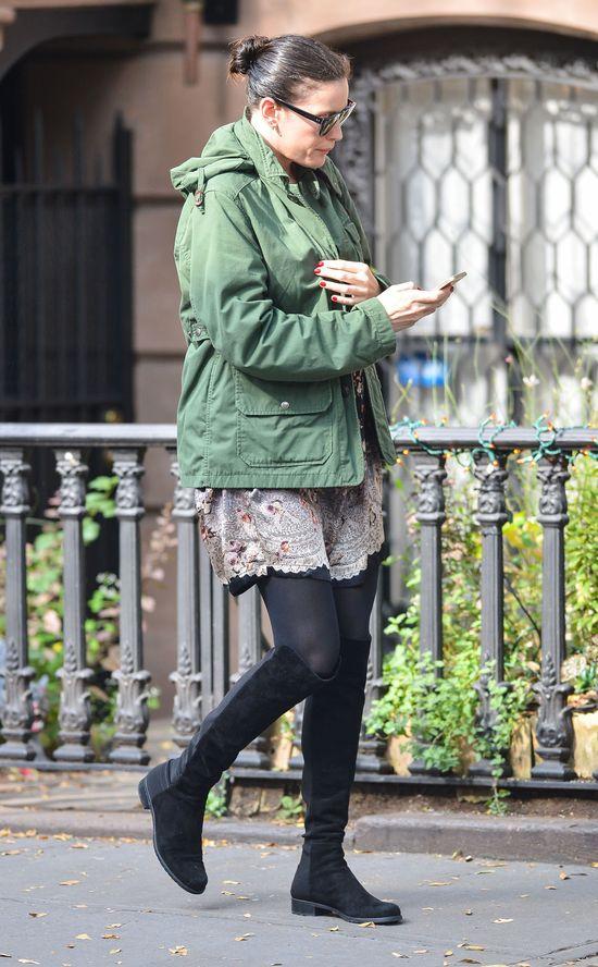 Ciężarna Liv Tyler bez makijażu i... (FOTO)