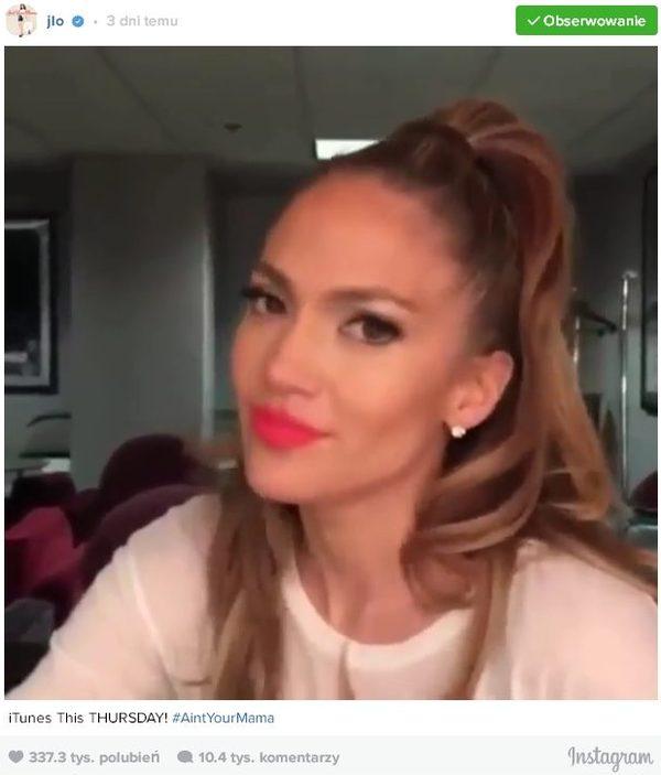 Jennifer Lopez seksowna w FARTUSZKU [VIDEO]