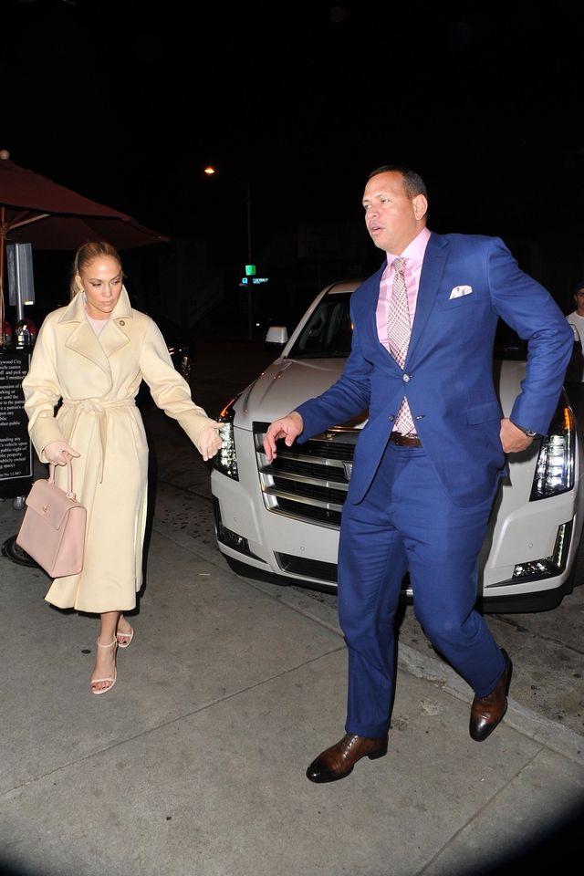 48-letnia Jennifer Lopez jest w CIĄŻY?!