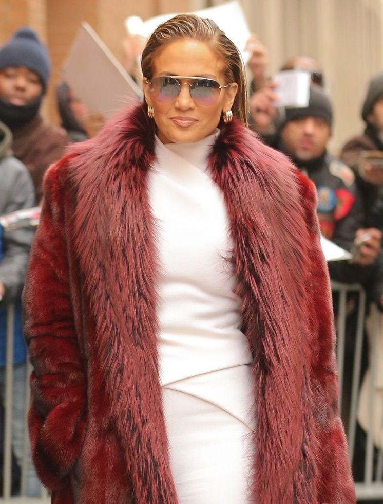 Jennifer Lopez pokazała stare zdjęcie, na którym ma DUŻY, ciążowy brzuszek