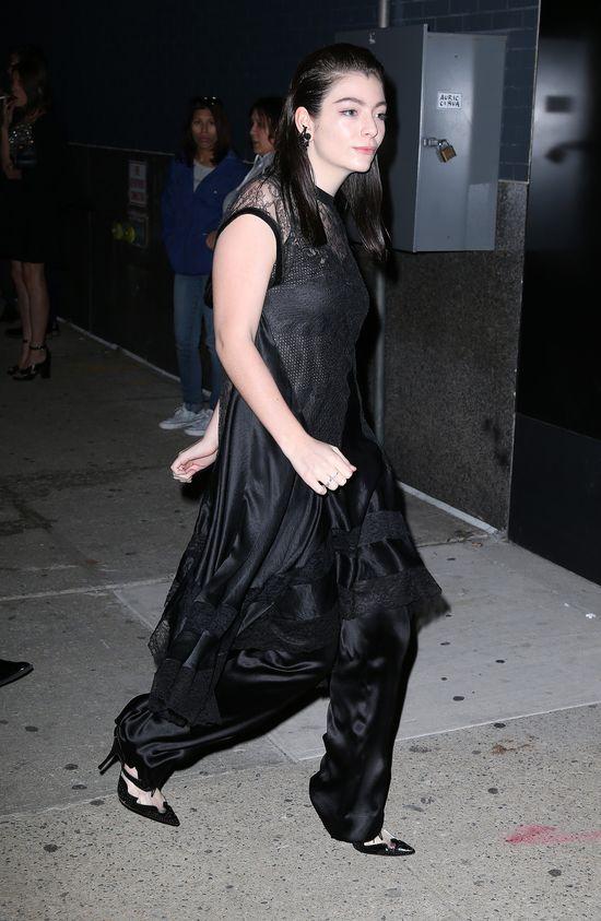 Lorde to jedyna taka nastolatka w Hollywood? (FOTO)