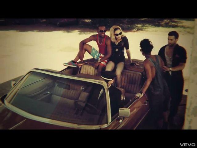 Nowy chłopak Madonny w jej świeżym klipie (FOTO)