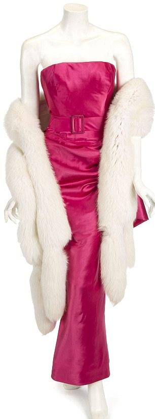 Kultowe suknie Madonny wystawione na sprzedaż!