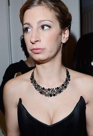 Polska aktorka pokazuje dekolt pełen piersi (FOTO)