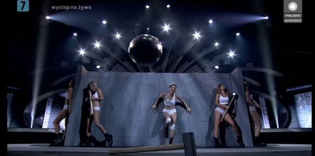 Widzieliście już Magdę Steczkowską w roli Miley Cyrus? VIDEO