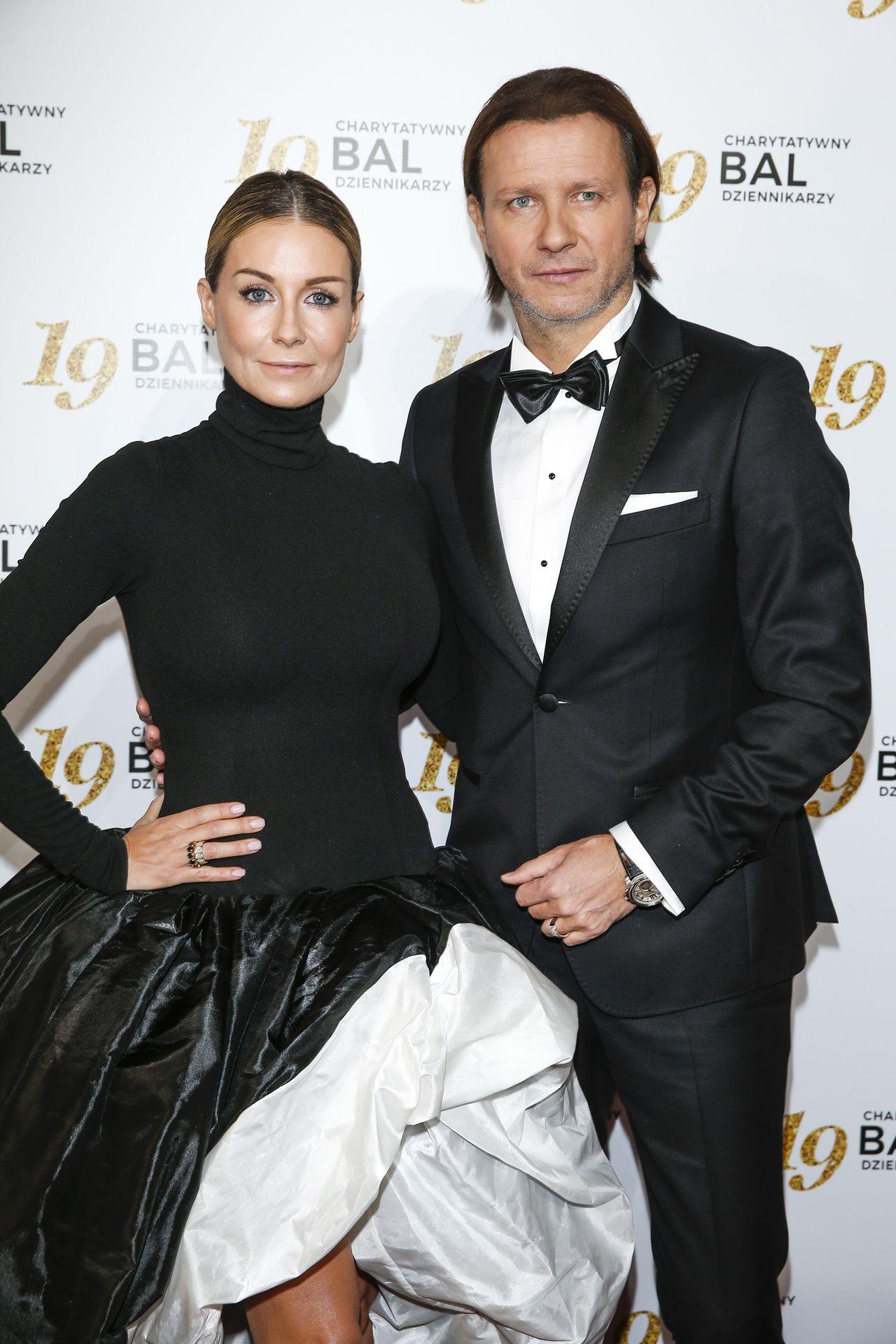 Małgorzata Rozenek-Majdan w sukni z trenem na Balu Dziennikarzy (ZDJĘCIA)
