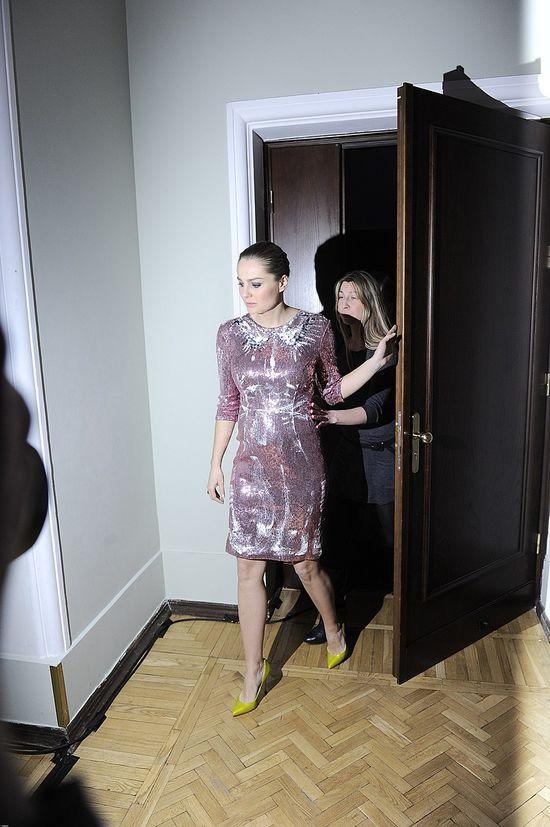 Ma�gorzata Socha z ci��owym brzuszkiem na imprezie (FOTO)