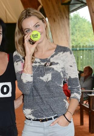 Małgorzata Socha już nosi kalosze (FOTO)