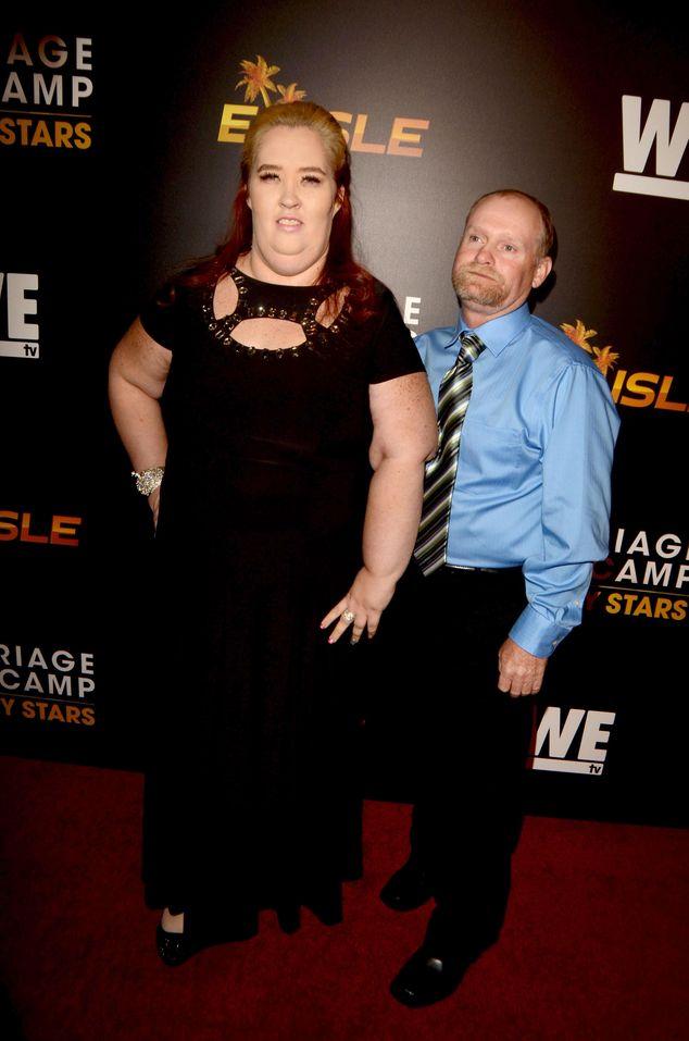 Mama June zrzuciła 136 kilogramów i pozuje w bieliźnie!
