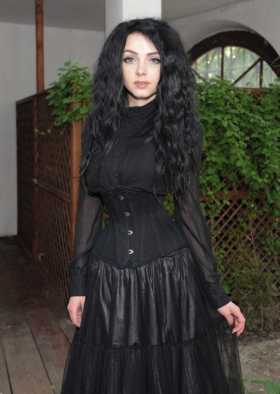 Mamiko w czarnych koronkach na premierze Pełni (FOTO)