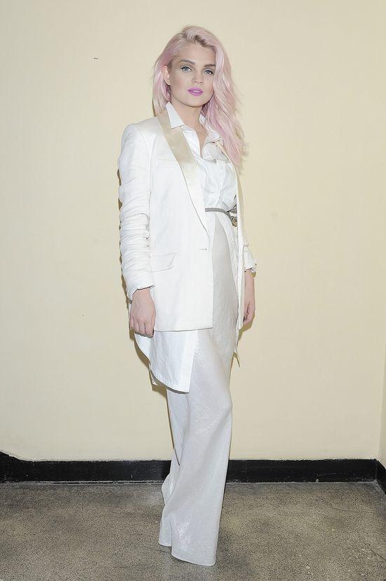 Margaret - anioł z różową czupryną (FOTO)