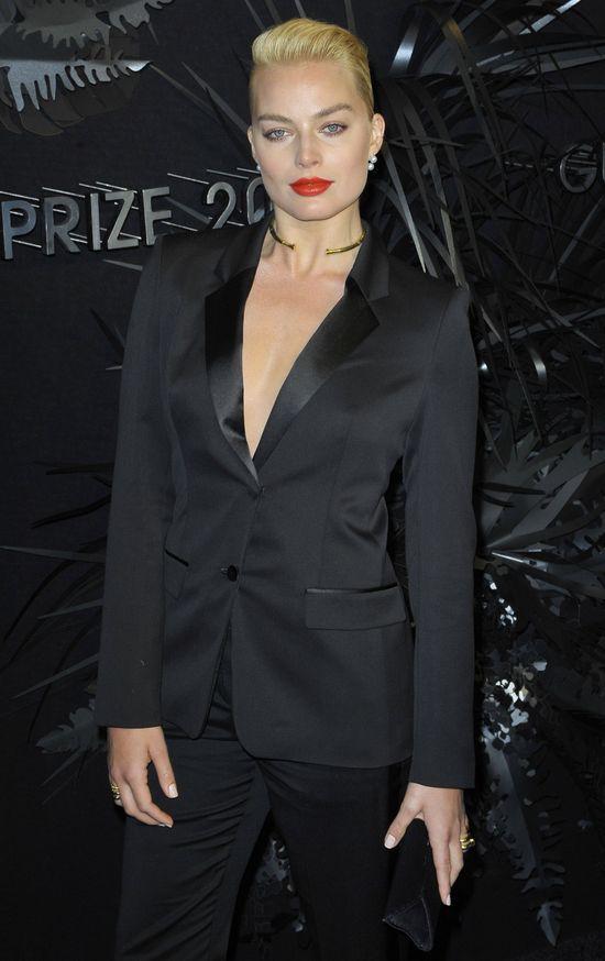 Męski look Margot Robbie (FOTO)