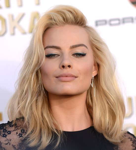 Orlano Bloom obsypuje Margot Robbie prezentami