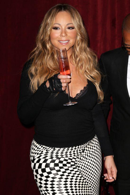Wiadomo, z kim Nick zdradził Mariah Carey!