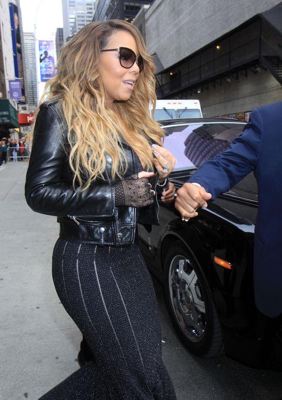 Bolesny dla ucha i oka koncert Mariah Carey (VIDEO)